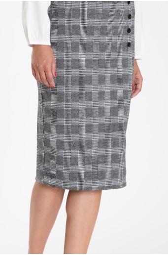 Kostkovaná pouzdrová sukně