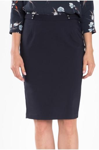 Tmavomodrá elegantná sukňa s ozdobným opaskom