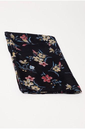 Čierna šatka s kvetmi