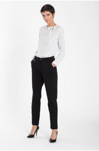 Klasické černé kalhoty
