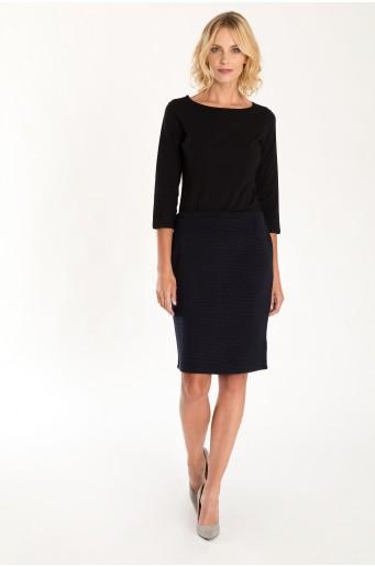 Tmavě modrá pouzdrová sukně