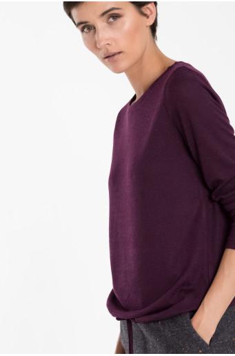 Fialový svetr se šňůrkou