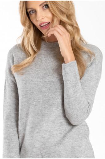 Šedý měkký svetr se stojáčkem