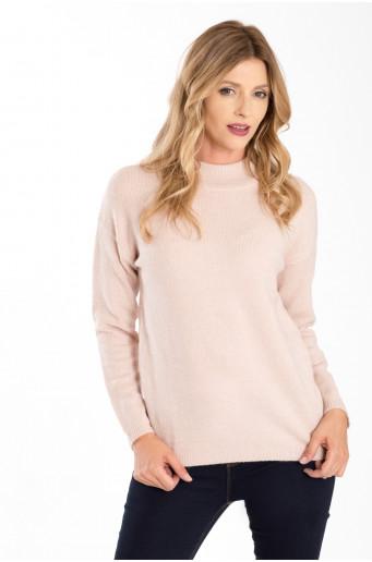 Měkký svetr se stojáčkem