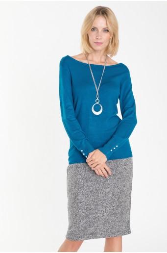 Tyrkysový svetr s ozdrobnými knoflíky na rukávech