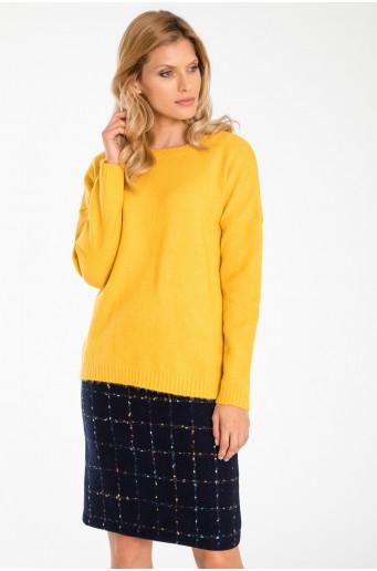 Volný svetr s ozdobnými stahujícími pásky