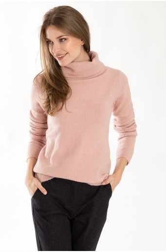 Měkký svetr s rolákem