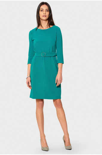 Green elegant dress with belt