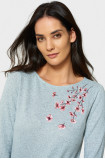 Elegant sweater with embroidery