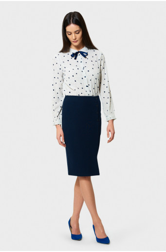 Pencil skirt with decorative buttons