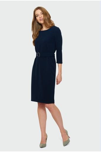 Tmavomodré elegantné šaty s opaskom