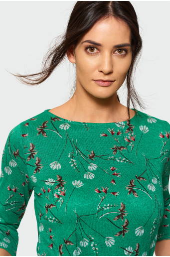 Sweater with 3/4 sleeve