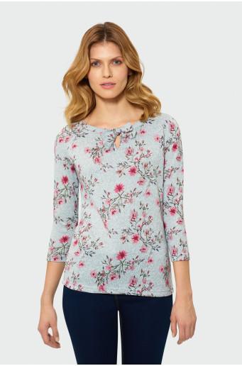 Klasický svetr s vázáním