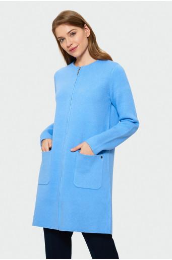 Modrý svetrový kabát