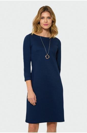 Elegant dress with ¾ sleeves