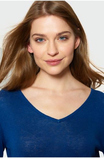 Klasický modrý sveter