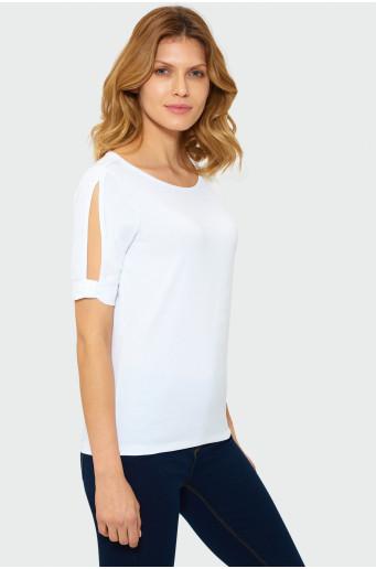 Klasický bílý top