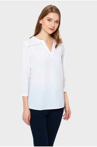 White blouse with hem