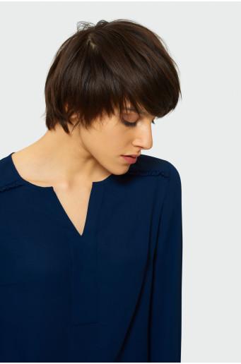 Blouse with split round neck