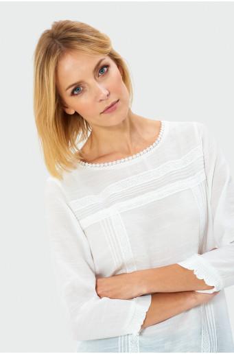 Elegantná biela blúzka