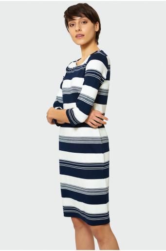 Proužkované šaty