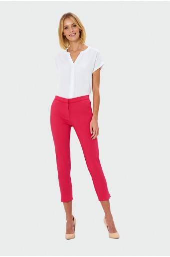 Elegantní červené kalhoty