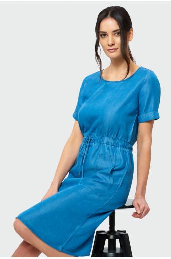 Šaty vo farbe denimu