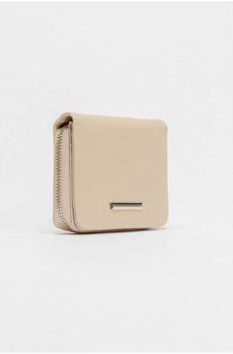 Beige wallet with metal zipper