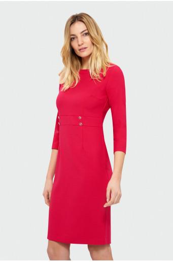 Červené šaty s dlhým rukávom