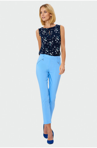 Klasické modré nohavice