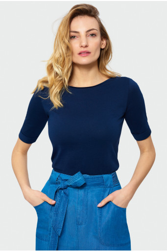 Top with 3/4 sleeve