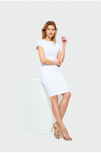 Elegantné biele šaty