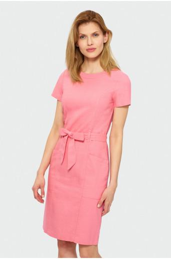 Klasiké šaty s krátkým rukávem