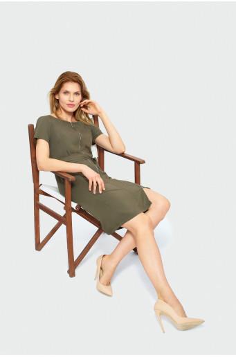 Klasické šaty ku kolenám
