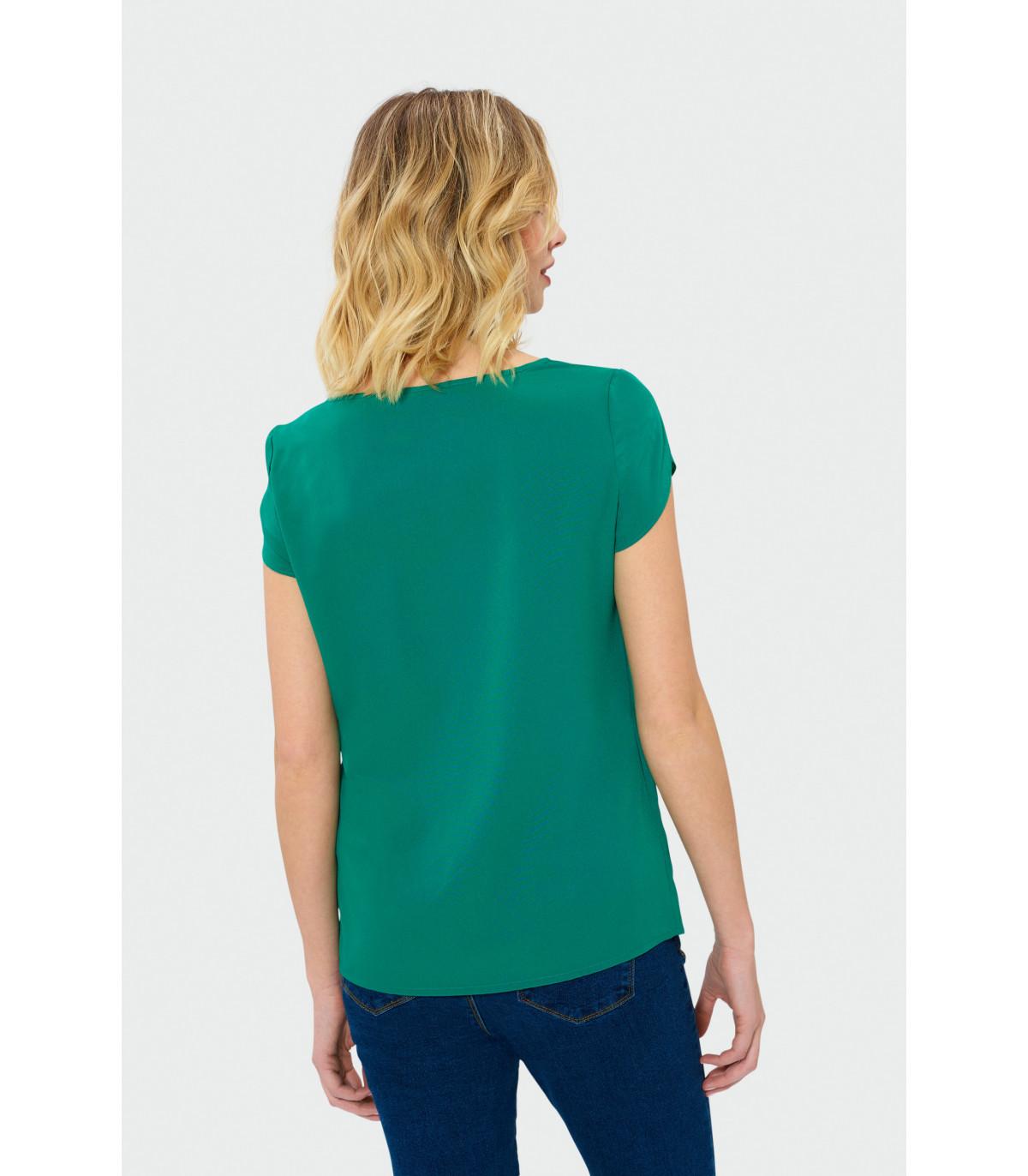 dc01de6ddbcd Zelená blúzka s krátkym rukávom