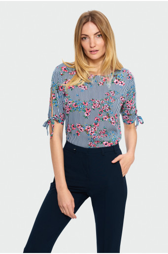 Blouse with ¾ sleeve