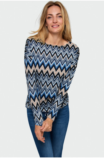 Loose cut patterned sweater