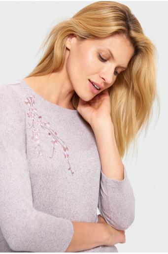 Skin-tight cut sweater