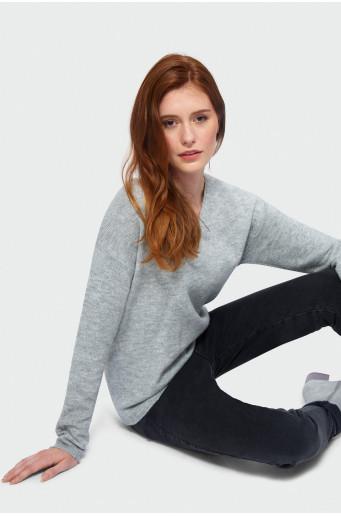 Loose cut sweater