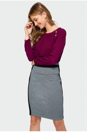 Asymmetric fastening blouse
