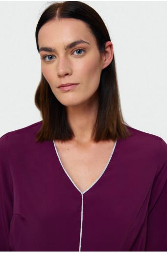 Shimmering edging blouse