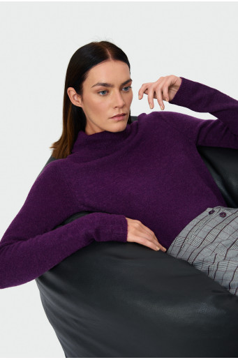 Skin-tight soft turtleneck