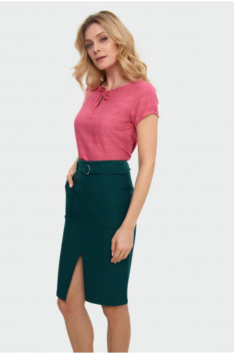 Belt pencil skirt