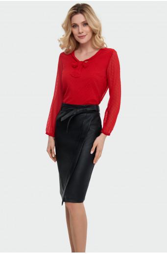 Asymmetrical belt skirt