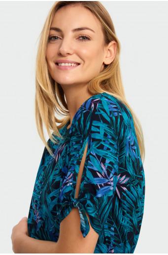 Decorative tied blouse