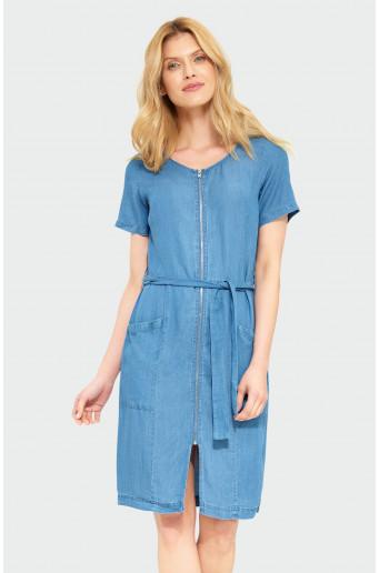 Šaty s páskem