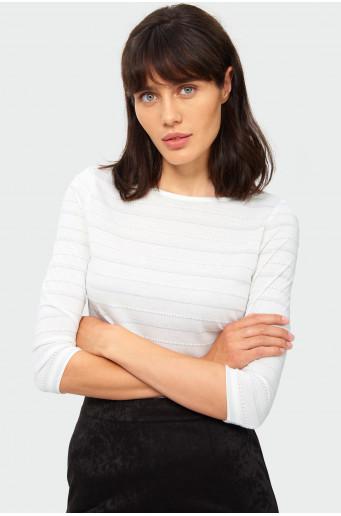 Sweter o prostym kroju z błyszczącą nitką