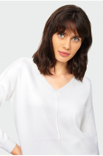 Loose white soft sweater